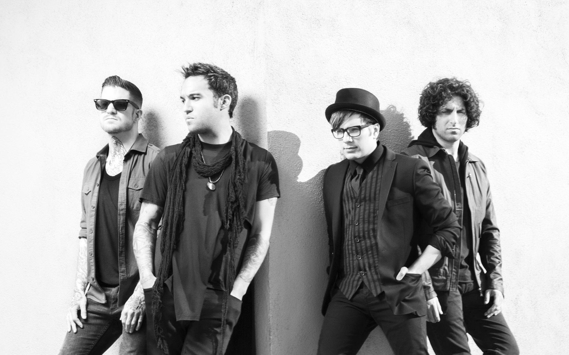 "Fall Out Boy revela nuevo video de ""Champion"""